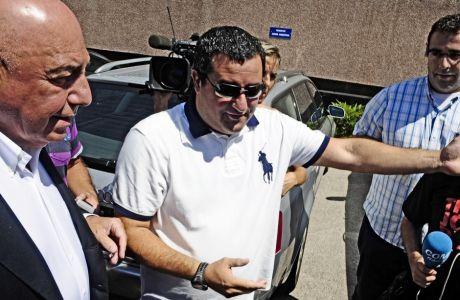 H Mάντσεστερ Γιουνάιτεντ κατάφερε να εκνευρίσει τον Μίνο Ραϊόλα, με τις σχέσεις τους να διαταράσσονται πρώτη φορά το 2012.