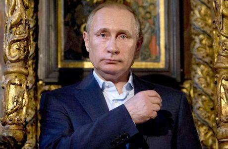 Ούτε ο Πούτιν αντέχει να βλέπει την εθνική Ρωσίας!