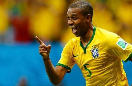 Ο Φερναντίνιο το 4-1 για τη Βραζιλία