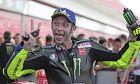 Ο Βαλεντίνο Ρόσι είχε πει πως πρώτα θέλει να δει αν θα είναι ανταγωνιστικός φέτος και μετά θα αποφάσιζε τι θα κάνει με την καριέρα του. Είναι ανταγωνιστικός, οπότε θα κάνει 26η τις σεζόν του στο MotoGP.