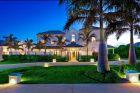 Το παλάτι εκατομμυρίων του Ρούνεϊ στα Μπαρμπέιντος είναι απλά ένα εξοχικό