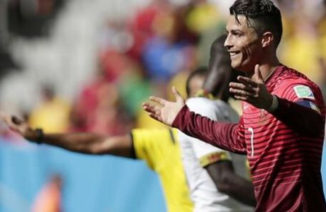 O Ρονάλντο το 2-1 για την Πορτογαλία