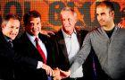 Μπεγκιριστάιν, Λαπόρτα, Κρόιφ και Γουαρδιόλα στην τελετή ανακήρυξης του Ολλανδού ως επίτιμου προέδρου της Μπαρτσελόνα (8/4/2010)