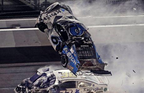 Το αυτοκίνητο του Ράιαν Νιούμαν βρίσκεται εκτός ελέγχου