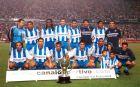 Οι παίκτες της Ντεπορτίβο με το τρόπαιο του πρωταθλήματος της σεζόν 1999/00.
