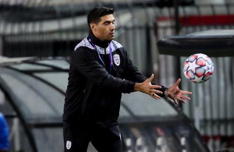 Ο προπονητής του ΠΑΟΚ, Αμπέλ Φερέιρα, σε στιγμιότυπο της αναμέτρησης με την Κρασνοντάρ για τον 2ο αγώνα των playoffs του Champions League 2020-2021 στο γήπεδο της Τούμπας | Τετάρτη 30 Σεπτεμβρίου 2020