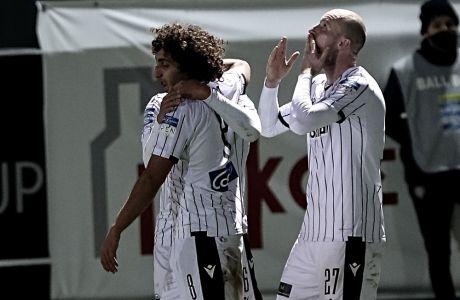 Οι ποδοσφαιριστές του ΠΑΟΚ πανηγυρίζουν το 3-0 στο Ηράκλειο
