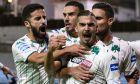Ο Καρλίτος πανηγυρίζει το πρώτο από τα δύο γκολ που πέτυχε στη νίκη του Παναθηναϊκού με σκορ 2-0 στην έδρα της Λαμίας, για την 7η αγωνιστική της Super League Interwetten 2020-2021. (ΦΩΤΟΓΡΑΦΙΑ: ΑΝΤΩΝΗΣ ΝΙΚΟΛΟΠΟΥΛΟΣ / EUROKINISSI)