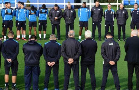 Με μαύρα περιβραχιόνια στο Λονδίνο οι παίκτες της Λέστερ