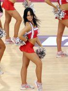 Οι cheerleaders του Ολυμπιακού ήταν ξεκάθαρα οι νικήτριες του ντέρμπι