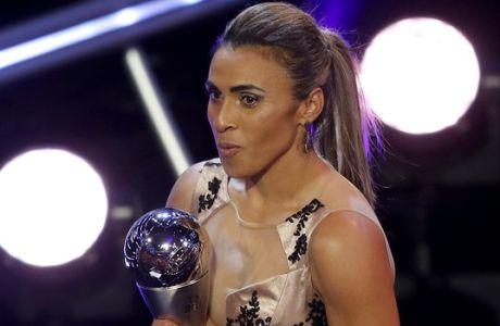 Η Marta δεν είναι απλά ένας 'Πελέ με φούστα'