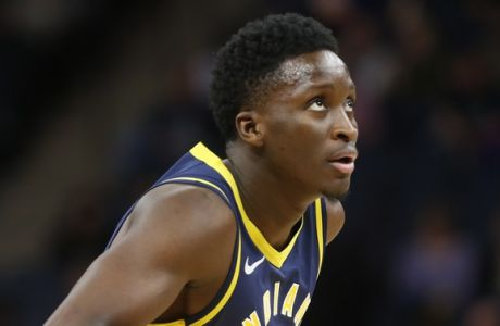 Indiana Pacers' Victor Oladipo plays against the Minnesota Timberwolves in the first half of an NBA basketball game Tuesday, Oct. 22, 2018, in Minneapolis. (AP Photo/Jim Mone)