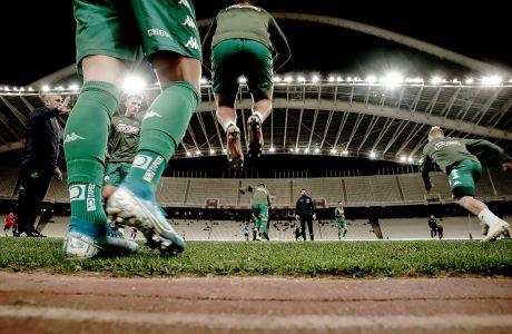 Στιγμιότυπο από την προθέρμανση των παικτών του Παναθηναϊκού πριν από την αναμέτρηση με την Παναχαϊκή για τον δεύτερο αγώνα της φάσης των 32 του Κυπέλλου Ελλάδας 2019-2020 στο Ολυμπιακό Στάδιο, Πέμπτη 5 Δεκεμβρίου 2019