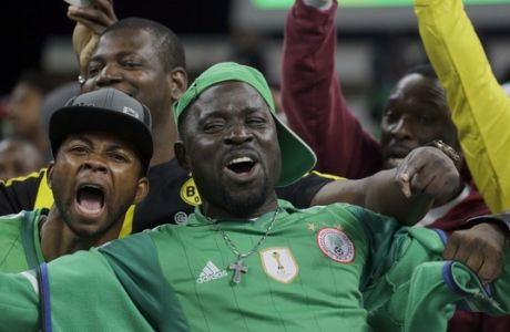 Nigerian fans cheer before a group B match of the men's Olympic football tournament between Colombia and Nigeria in Sao Paulo, Brazil, Wednesday Aug. 10, 2016. (AP Photo/Nelson Antoine)