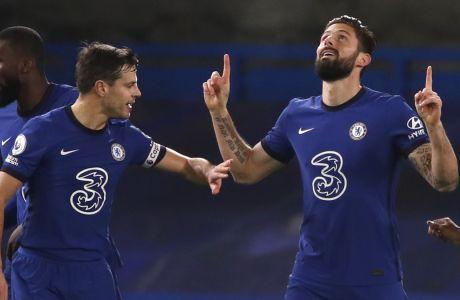 Ο Ολιβιέ Ζιρού πανηγυρίζει το τέρμα που πέτυχε σε αναμέτρηση της Τσέλσι με τη Νιούκαστλ στο 'Stamford Bridge' για την Premier League στις 15/02/2021. ⓒ 2021 Paul Childs/Associated Press