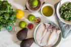 Καλαμάρι γεμιστό, το σαρακοστιανό πιάτο που σε ενώνει με όσους αγαπάς