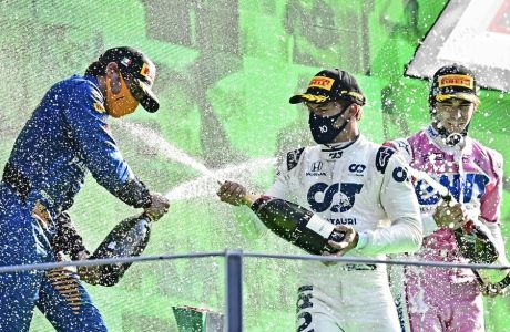 Πέρυσι, τέτοια εποχή ο Πιέρ Γκασλί έμενε χωρίς αυτοκίνητο στη Red Bull -που τον έστειλε στην Alpha Tauri- και ο Λανς Στρολ ήταν 'ο γιος του μπαμπά του', ιδιοκτήτη της Racing Point. O Κάρλος Σάινθ έδινε στη McLaren την καλύτερη σεζόν, έπειτα από δεκαετία -παρέα με τον Λάντο Νόρις.