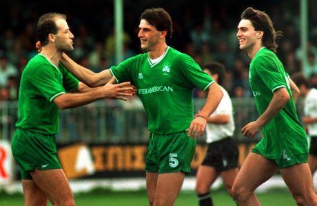 Χρήστος Δημόπουλος, Γιάννης Καλλιτζάκης, Κρις Καλατζής πανηγυρίζουν γκολ του Παναθηναϊκού από τη σεζόν 1989-1990