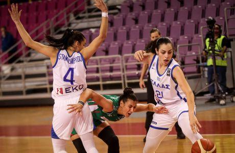 Η Ελεάνα Χριστινάκη (στη φωτογραφία δεξιά, αριστερά η Άννα-Νίκη Σταμολάμπρου) τραυματίστηκε σοβαρά, χωρίς να την δει Έλληνας γιατρός.