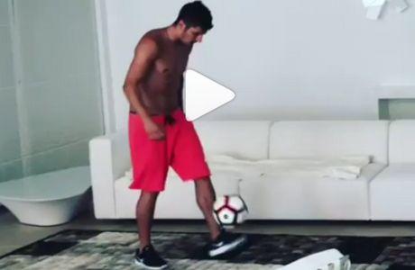Τα κόλπα του Γιόβετιτς με τη μπάλα, τα ζηλεύουν και οι... Μουντιαλικοί!