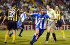 """Ο Παντιάνι έχει ανοίξει το σκορ στη """"Λεωφόρο"""" απέναντι στην ΑΕΚ και πανηγυρίζει (όμιλοι ChL, 17/9/2003)"""