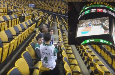 Ο Isaiah Thomas έπαιζε NBA 2K στην γιγαντοοθόνη!