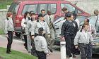 Ο Μάικλ Τζόρνταν είχε στους ανθρώπους του, έξι μέλη της αστυνομίας του Σικάγο -σε τμήματα όπως τα ναρκωτικά και οργανωμένο έγκλημα. Είχε πει πως ο ένας (Γκας Λετ) ήταν η μετενσάρκωση του πατέρα του