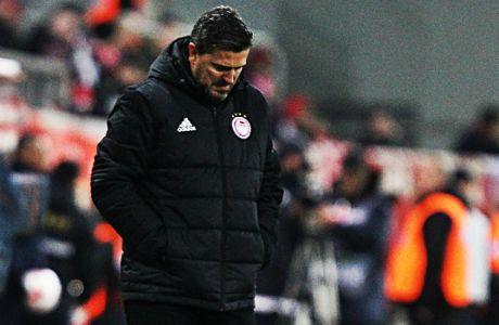 Πλήρωσε σκληρά την αλλαγή προπονητή ο Ολυμπιακός