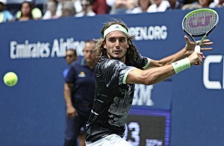 Ο αγώνας του Στέφανου Τσιτσιπά με τον Αντρέι Ρουμπλέφ, στο US Open 2019, διήρκεσε 4 ώρες. Κάποια στιγμή, ο Έλληνας πρωταθλητής ζήτησε άδεια για να πάει στην τουαλέτα. Γύρισε έξι λεπτά μετά.
