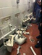 """Τρομερές ζημιές από τους οπαδούς της Σίτι στο """"Ολντ Τράφορντ""""!"""