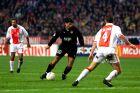Ο Ίλια Ίβιτς του Ολυμπιακού σε στιγμιότυπο της αναμέτρησης με τον Άγιαξ για τη φάση των ομίλων του Champions League 1998-1999 στην 'Άμστερνταμ Αρένα', Άμστερνταμ, Τετάρτη 4 Νοεμβρίου 1998