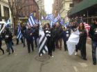 Η παρέα του Σαββίδη στη Νέα Υόρκη και η τούρτα έκπληξη