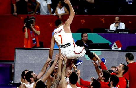 Spain's Juan Carlos Navarro is tossed in the air by his teammates after winning the Eurobasket European Basketball Championship bronze medal match against Russia in Istanbul, Sunday, Sept. 17. 2017. (AP Photo/Emrah Gurel)