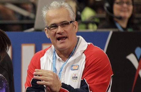 Ο Τζον Γκέντερτ υπήρηε ομοσπονδιακός προπονητής της εθνικής ομάδας των ΗΠΑ