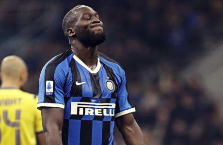 Ο Ρομέλου Λουκάκου ήταν στο εξώφυλλο της 'Corriere dello Sport' που προκάλεσε σάλο στην Ιταλία και όχι μόνο