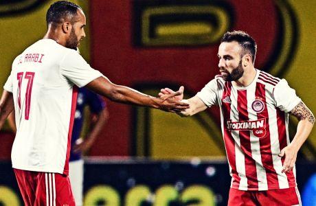 Βαλμπουενά και Ελ Αραμπί πανηγυρίζουν το 'διπλό' του Ολυμπιακού στο επί του Άρη στο 'Κλεάνθης Βικελίδης' (1-2), για την Super League 1 2019-2020. (06/10/2019) - ΦΩΤΟΓΡΑΦΙΑ: ΑΝΤΩΝΗΣ ΝΙΚΟΛΟΠΟΥΛΟΣ / EUROKINISSI