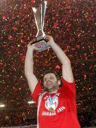 Ο Θοδωρής Παπαλουκάς με το Κύπελλο του 2010 στα χέρια!