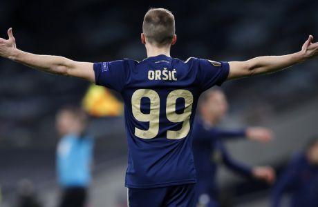 Η Ντίναμο Ζάγκρεμπ με χατ-τρικ του Όρσιτς επικράτησε με σκορ 3-0 στη ρεβάνς με την Τότεναμ στο 'Maksimir' και προκρίθηκε στους 8 του Europa League | 19/03/2021 (AP photo/Alastair Grant, Pool)