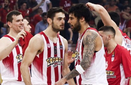 02/05/2017 Olympiacos Vs Anadolu Efes for Turkish Airlines Euroleague play offs, game 5, season 2016-17, in SEF Stadium in Piraeus - Greece  Photo by: Andreas Papakonstantinou / Tourette Photography
