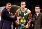 Ο Όντεντ Κάτας ανάμεσα στον Ζέλικο Ομπράντοβιτς και τον Δημήτρη Ιτούδη, τότε προπονητές του Παναθηναϊκού