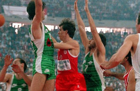 Ο Παναθηναϊκός του Ανδρίτσου και ο... ποδοσφαιρικός Ολυμπιακός σε νέες φανέλες