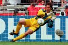 Ο Ντέιβιντ Σίμαν της Αγγλίας σε στιγμιότυπο του αγώνα με την Ισπανία για τα προημιτελικά του Euro 1996 στο 'Γουέμπλεϊ', Λονδίνο, Σάββατο 22 Ιουνίου 1996