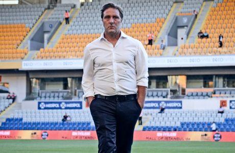 Ο προπονητής του Ολυμπιακού, Πέδρο Μαρτίνς, πριν από την αναμέτρηση με την Μπασάκσεχιρ για τους πρώτους αγώνες του 3ου προκριματικού γύρου του Champions League 2019-2020, Κωνσταντινούπολη, Τετάρτη 7 Αυγούστου 2019