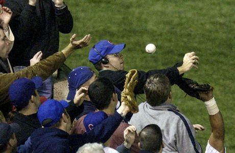 Ο Στιβ Μπάρτμαν στη μοιραία στιγμή στις 14 Οκτωβρίου 2003