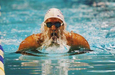 Ο Γιάννης Δρυμωνάκος σε στιγμιότυπο του Πανελληνίου Πρωταθλήματος κολύμβησης 2011 στο 'Παπαστράτειο', Παρασκευή 25 Φεβρουαρίου 2011