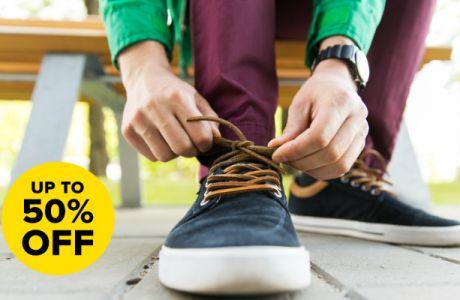 Εκπτώσεις -50% σε επώνυμα ανδρικά παπούτσια