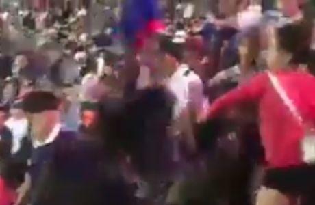 VIDEO: Μαλλιοτραβήγματα γυναικών χούλιγκανς στην εξέδρα