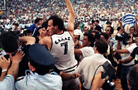 Η Φωνή της Αιωνιότητας: Ένα ποίημα για το Ευρωμπάσκετ '87