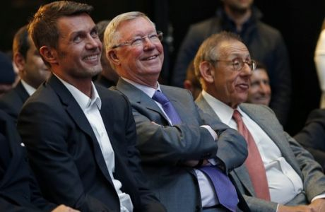 IMAGE DISTRIBUTED FOR INTERNATIONAL CHAMPIONS CUP - ICC ambassadors Paolo Maldini, left, Sir Alex Ferguson and Stephen Ross, co-founder RSE Ventures, right, watch the 2017 International Champions Cup presented by Heineken launch on Tuesday, March 21, 2017, in New York. (Adam Hunger/AP Images for International Champions Cup)