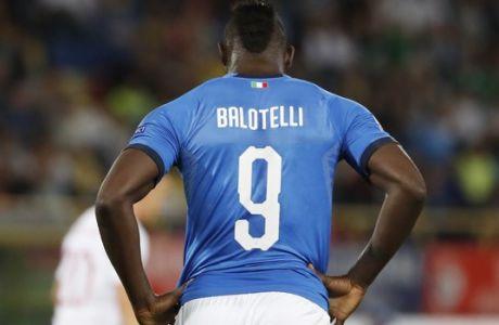 Το αντιρατσιστικό μήνυμα του Μπαλοτέλι είναι ισχυρότερο από τις γκάφες του